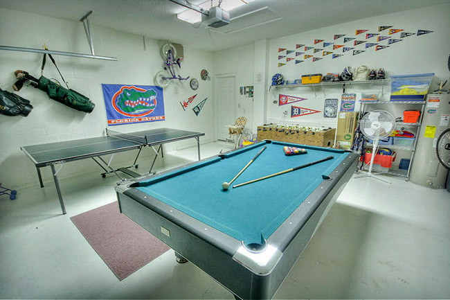 Lovely Home To A Table Tennis Table, Pool Table, Table Top Football, Fishing  Equipment, Mountain Bikes, Golf Clubs Etc.
